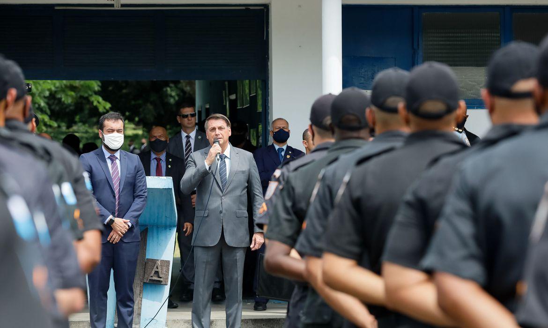 presidente-participa-de-formatura-de-485-policiais-militares,-no-rio