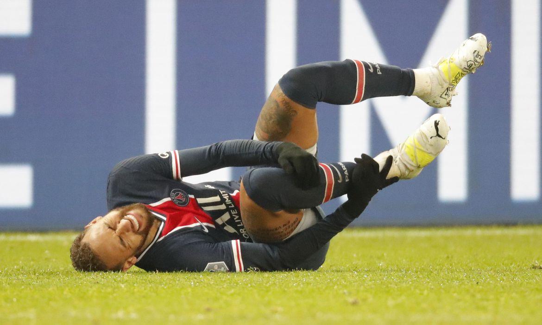 neymar-so-deve-voltar-aos-campos-em-janeiro,-diz-paris-saint-germain