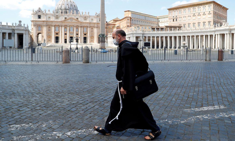 vaticano-planeja-campanha-de-vacinacao-rapida-contra-a-covid-19