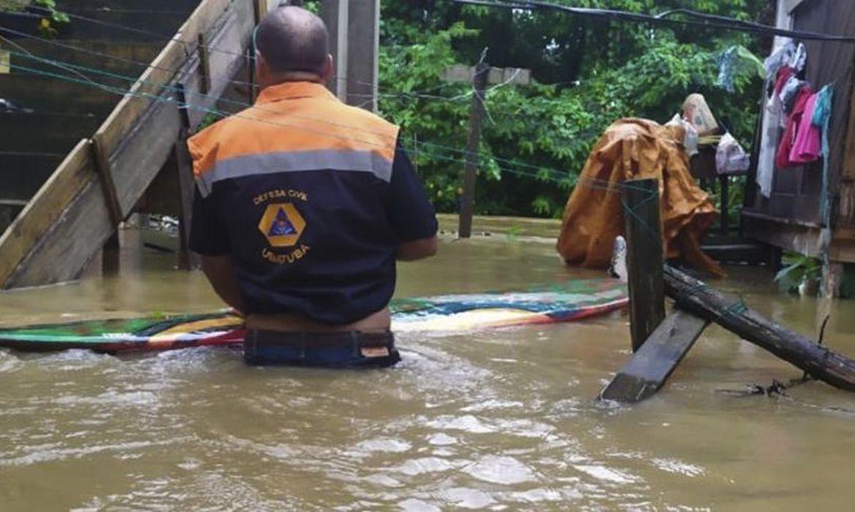 ubatuba-tem-112-desalojados-em-razao-das-fortes-chuvas