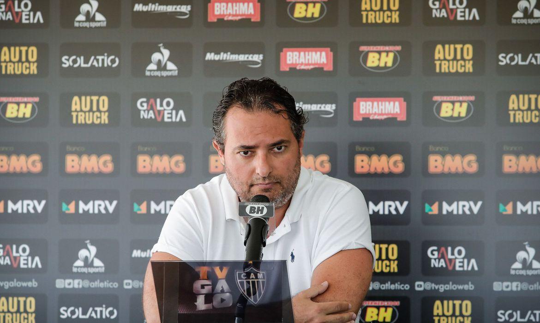 atletico-mineiro-rescinde-com-diretor-de-futebol-alexandre-mattos