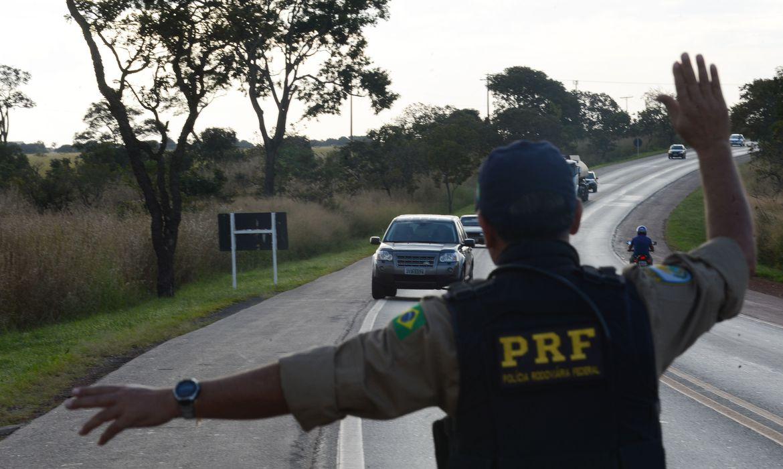 prf-contabiliza-903-acidentes-e-67-mortes-em-rodovias-no-ano-novo