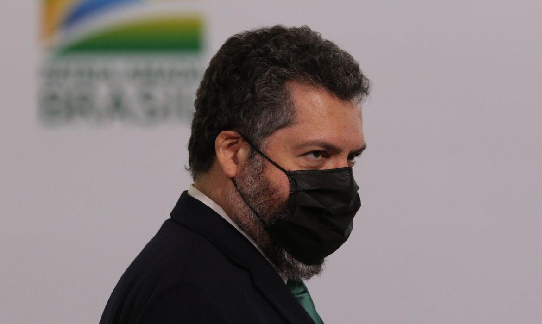 ministro-lamenta-invasao-ao-congresso-dos-eua-e-pede-investigacoes