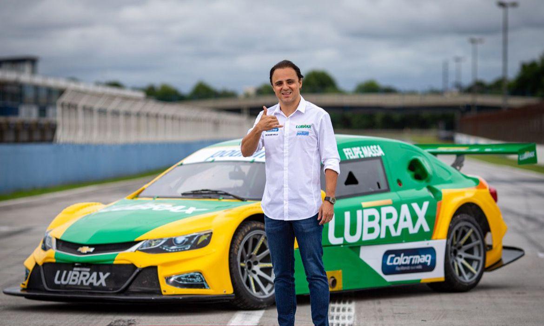 apos-20-anos,-massa-volta-ao-brasil-para-correr-na-stock-car-2021