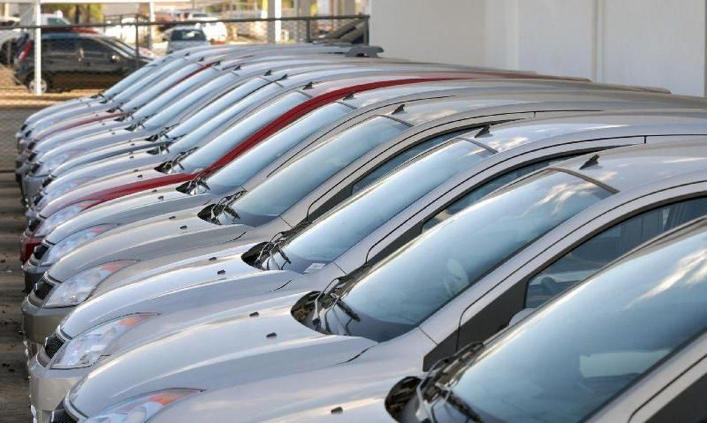 vendas-de-veiculos-caem-26,2%-em-2020,-diz-anfavea