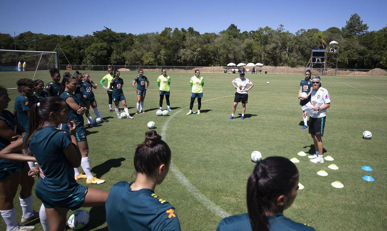 selecao-feminina-de-futebol-tem-tres-jogos-treino-nos-proximos-dias