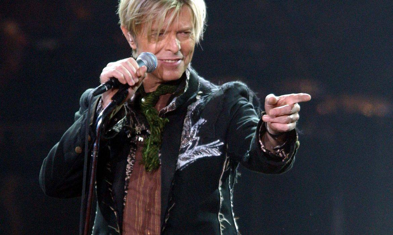 hoje-e-dia:-david-bowie,-o-camaleao-do-rock,-morreu-ha-cinco-anos