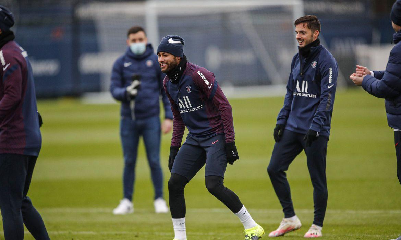 neymar-volta-a-treinar-quase-um-mes-apos-lesao-no-tornozelo