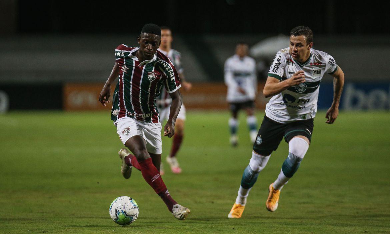 brasileirao:-fluminense-marca-no-fim-e-arranca-empate-com-o-coritiba