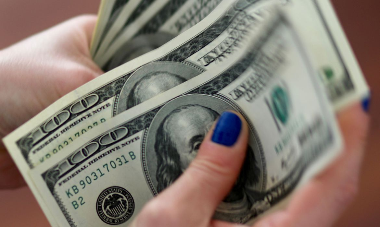 dolar-fecha-a-r$-5,36-em-dia-de-bastante-volatilidade