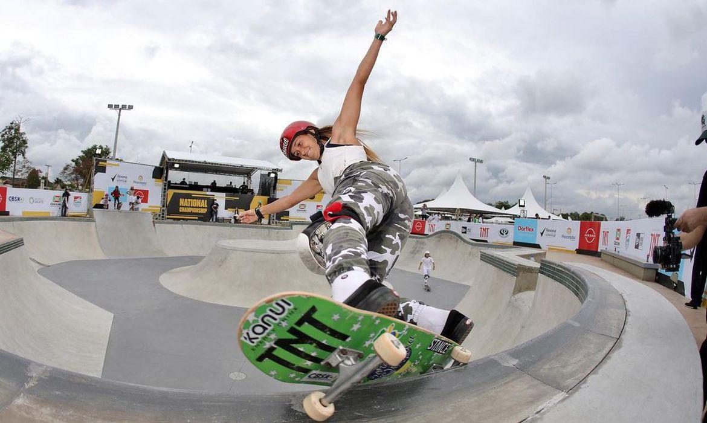 dora-varella-fatura-titulo-da-1a-etapa-do-circuito-brasileiro-de-skate
