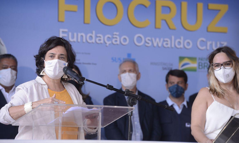 fiocruz-negocia-mais-15-milhoes-de-doses-de-vacina-da-astrazeneca