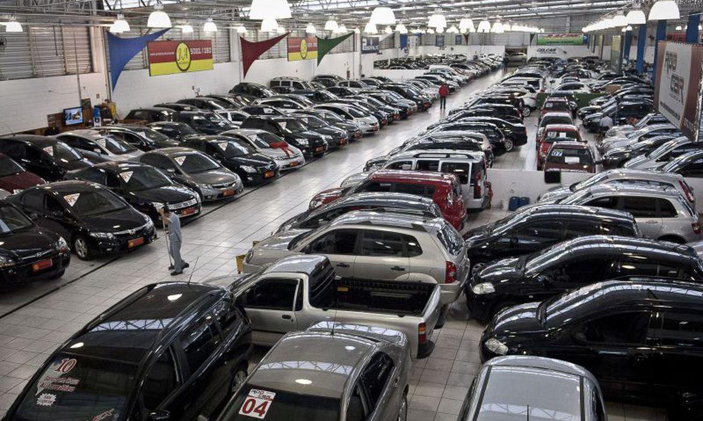 venda-de-veiculos-automotores-tem-queda-de-8,16%-em-janeiro