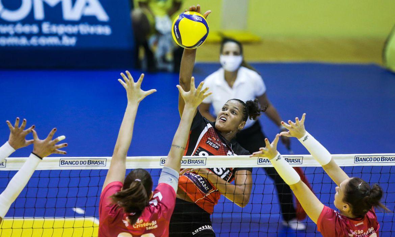 copa-brasil-de-volei:-semifinais-femininas-serao-nesta-sexta,-no-rj
