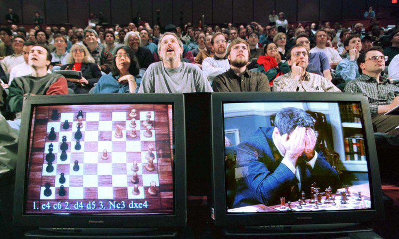 hoje-e-dia:-ha-25-anos,-computador-vencia-kasparov-no-xadrez