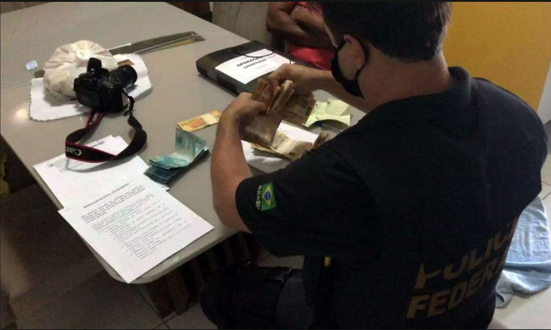 pf-investiga-lavagem-de-dinheiro-por-trafico-internacional-de-drogas