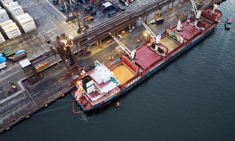 infraestrutura-assina-contratos-de-exploracao-de-terminais-portuarios