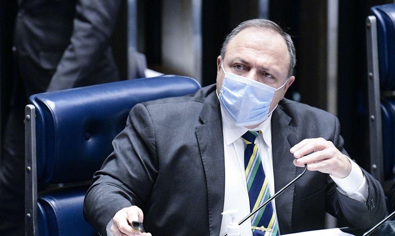 pazuello-diz-que-populacao-brasileira-sera-vacinada-ate-o-fim-do-ano