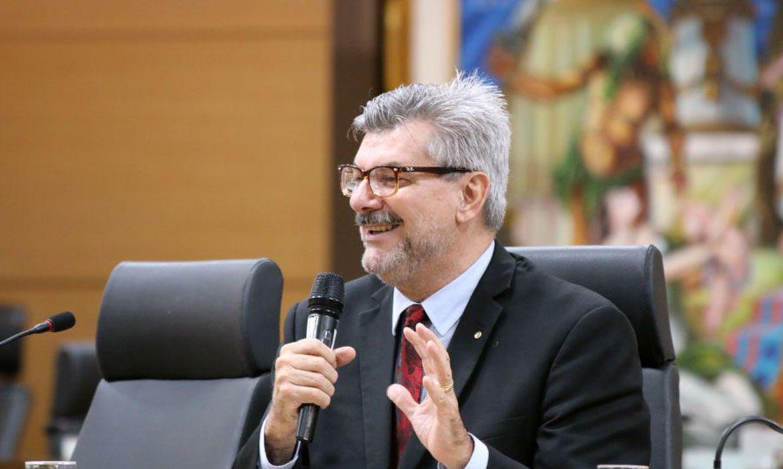 ministro-do-stj-e-internado-com-covid-19-em-brasilia