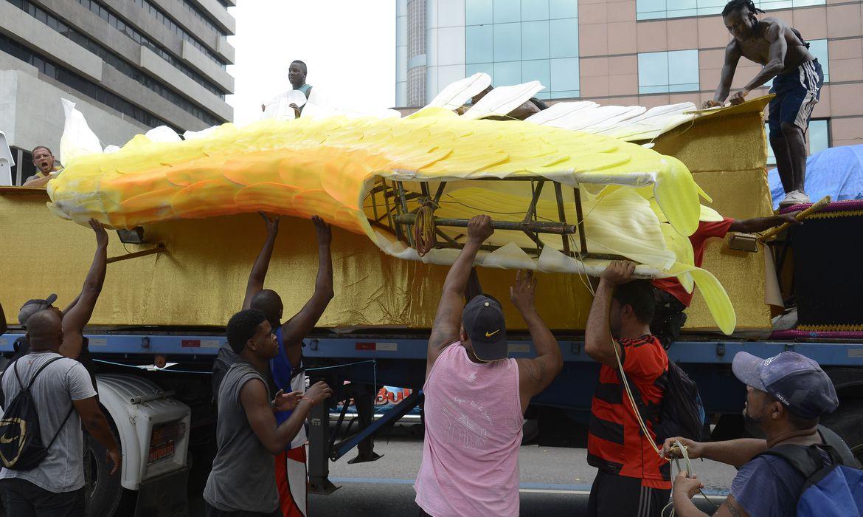 rio-libera-r$-1,5-milhao-para-profissionais-do-carnaval-do-estado