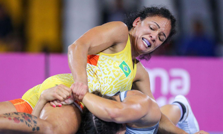 wrestling:-aline-silva-e-lais-nunes-vao-lutar-na-europa-visando-toquio