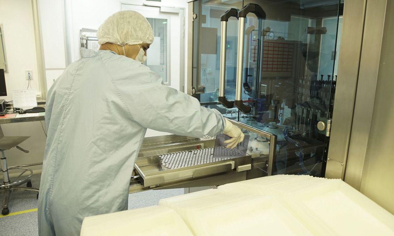 pazuello:-governo-distribuira-4,7-milhoes-de-doses-da-vacina-ate-marco