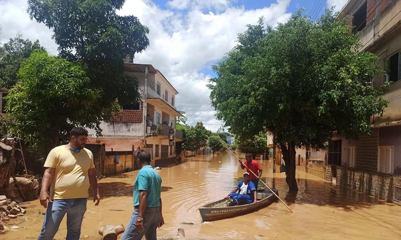 chuvas-deixam-mais-de-3-mil-desalojados-no-interior-do-rj
