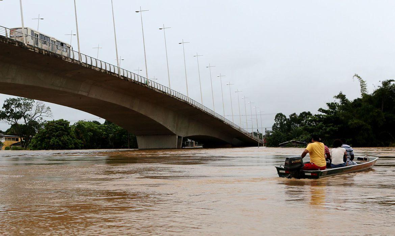 acre-decreta-estado-de-calamidade-publica-devido-a-enchentes