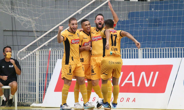 supercopa-de-futsal-comeca-nesta-quinta-com-campeoes-da-temporada-2020