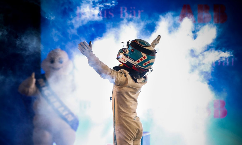 nyck-de-vries-vence-na-abertura-da-temporada-2021-da-formula-e