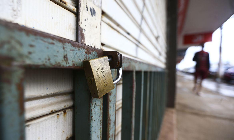 df:-para-algumas-categorias,-lockdown-pode-durar-menos-de-15-dias