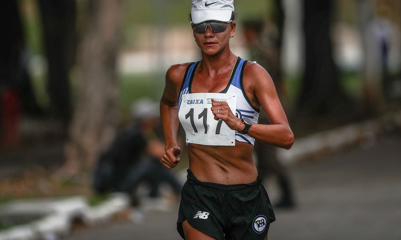 marcha-atletica:-erica-sena-bate-recorde-continental-dos-35-km