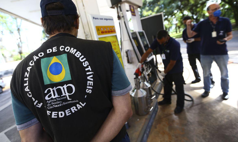 anp-autua-postos-de-gasolina-durante-primeiro-dia-de-forca-tarefa