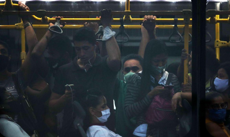 mais-de-70%-dos-brasileiros-acham-que-pandemia-piorou,-revela-pesquisa