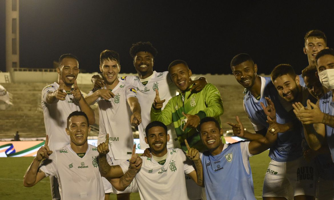 america-mg-e-fc-cascavel-vencem-e-se-classificam-na-copa-do-brasil
