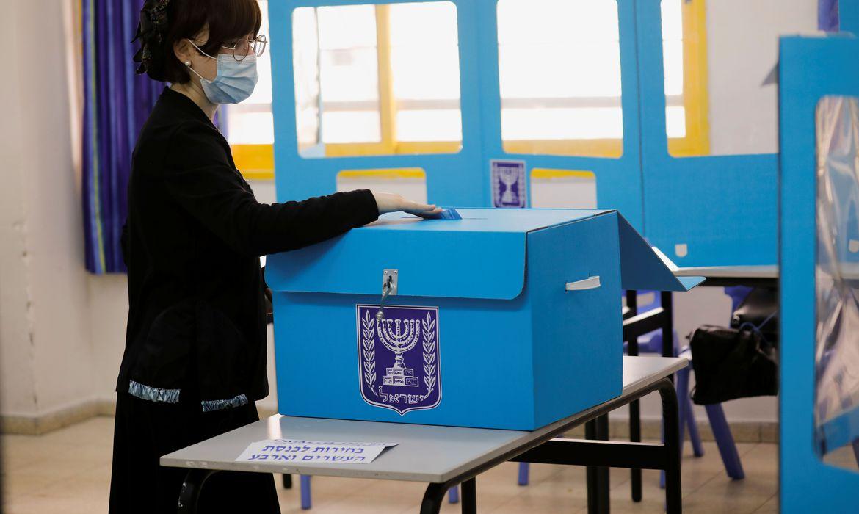 israel-usa-sistema-especial-de-votacao-para-pessoas-com-covid-19