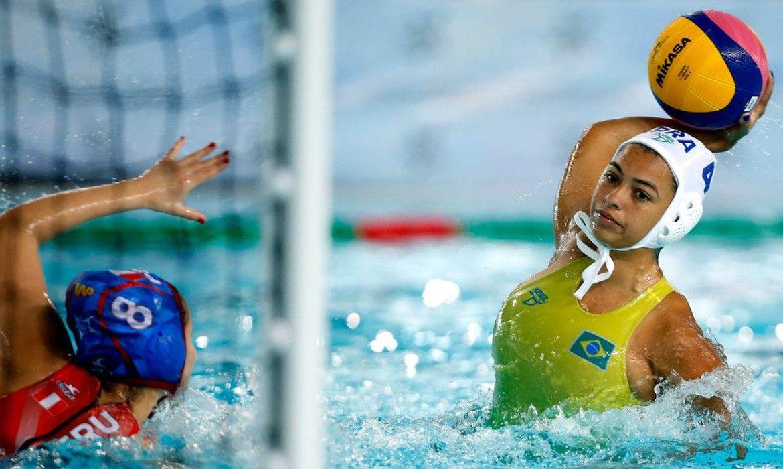 selecoes-brasileiras-de-polo-aquatico-goleiam-pelo-sul-americano