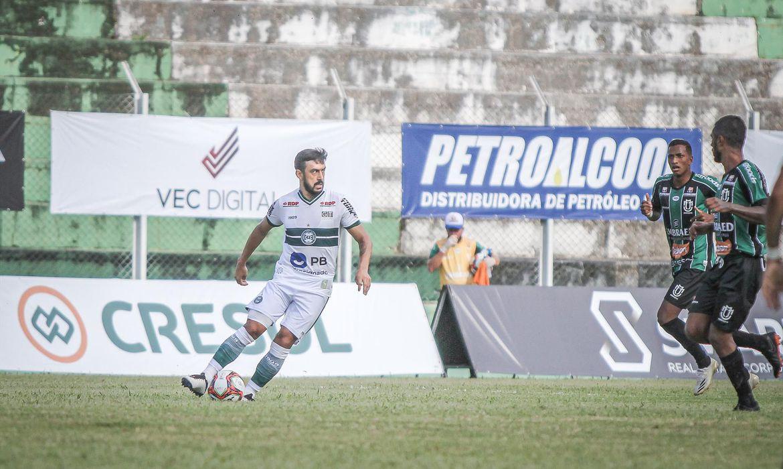 coritiba-estreia-no-paranaense-com-vitoria