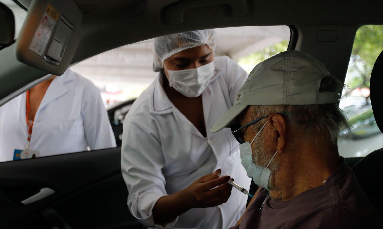 prefeitura-do-rio-divulga-calendario-de-vacinacao-contra-covid-19