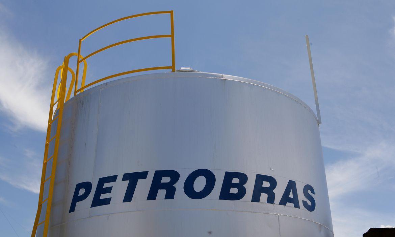 gasolina-e-diesel-estao-mais-baratos-nas-refinarias-a-partir-dehoje