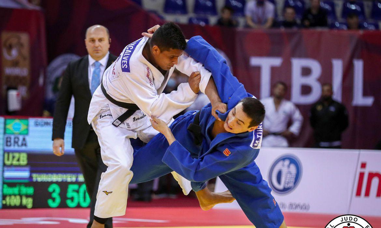 com-caso-de-covid-19-na-selecao,-judocas-sao-isolados-na-turquia