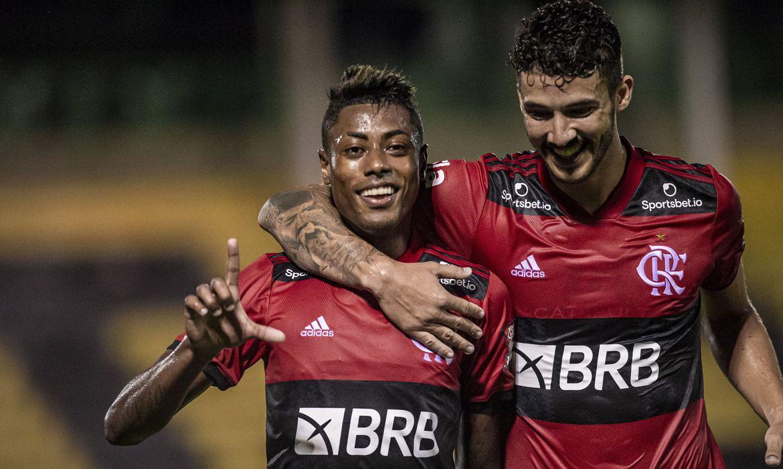 flamengo-derrota-bangu-e-amplia-vantagem-na-lideranca-do-carioca