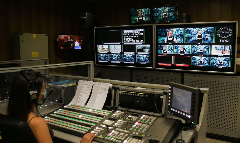 tv-brasil-estreia-hoje-nova-programacao