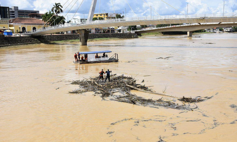 receita-prorroga-tributos-de-municipios-afetados-por-inundacao-no-acre