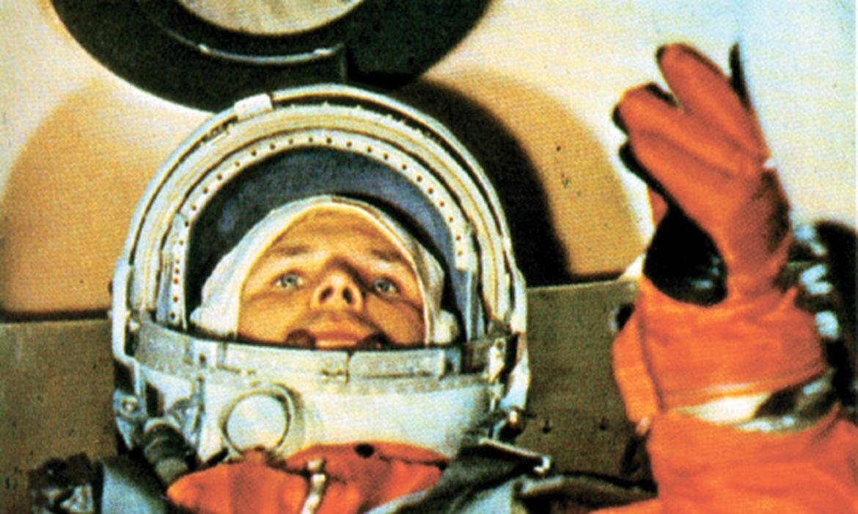 """""""a-terra-e-azul"""":-ha-60-anos,-o-homem-chegava-a-orbita-do-planeta"""