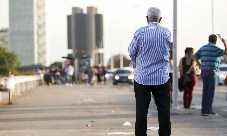 inflacao-para-idosos-acumula-taxa-de-6,2%-em-12-meses