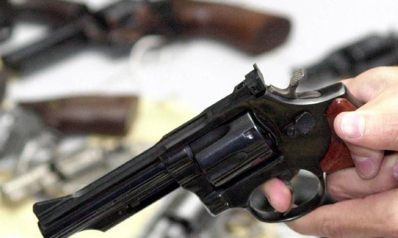 entram-em-vigor-parte-dos-decretos-que-ampliam-acesso-a-armas-de-fogo
