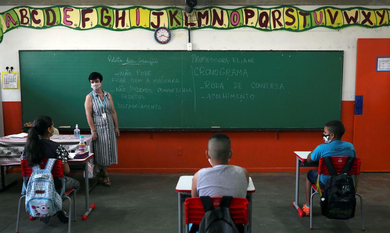 sp:-estudo-aponta-incidencia-maior-de-covid-19-entre-professores