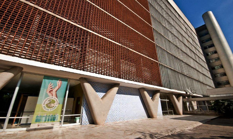 hospital-federal-da-lagoa-vai-abrir-50-leitos-de-uti-para-covid-19