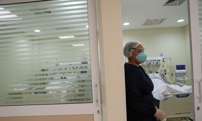 brasil-contabiliza-42.980-novos-casos-de-covid-19